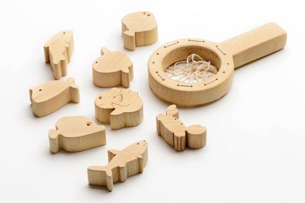 画像1: 青森ヒバ製 おもちゃ「さかなすくい」 (1)