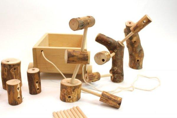 画像1: 木育教材商品「青森ヒバ製 積木車」おもちゃ (1)