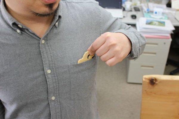 画像1: ポケットに忍ばせる青森ヒバ製 消臭・芳香剤「ポケヒバ」 (1)